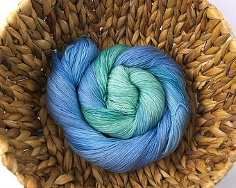 Eismeer - Handdyed merino superwash lace yarn