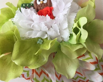 Baby Shower Owl Theme Silk Corsage