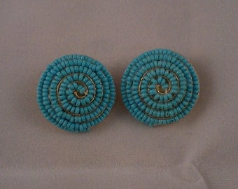 Spiral turquoise seed bead clip-on vintage earrings