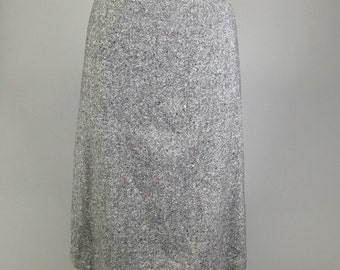 Sale! Pendleton Wool, Grey Pencil Skirt // Vintage Tweed, Womens Size Medium