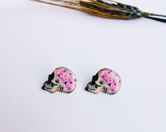 Skull stud earrings / Skull with roses / Skull with flowers / Roses skull studs / Flower skull studs / Skull gift idea / Gift for her