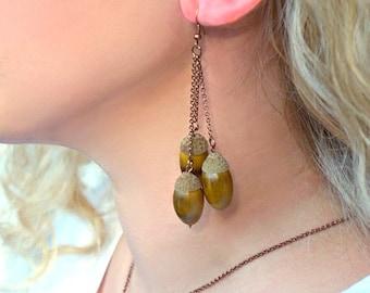 Dangle Bunch Acorn earrings. Natural Acorn earrings.