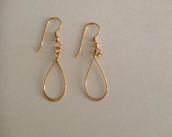14k goldfilled delicate loop dangle earrings.