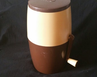 French Vintage 1970s Ice Crusher