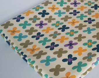 Graphic Flowers on Cotton Canvas CTCV003