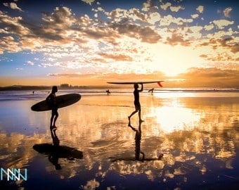 On Summer Sale 20% OFF, Byron Bay Surf Photography, Australia Sunset Surf - Going for a surf in Byron Bay