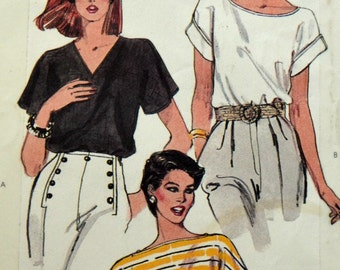 1980s Vogue Vintage Sewing Pattern 8253, Size Small; Misses' Top