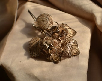Beautiful sterling silver vintage flilgree floral brooch with trombone clasp, Vintage silver filigree brooch, Vintage floral brooch
