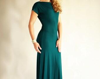 Hunter Green Knee Length Dresses
