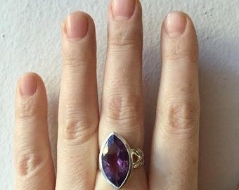 SALE Amethyst and Sterling Silver Laurel Ring
