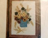 Vintage 1970s Wonderart Stitchery Kit - Strawflowers, NIP