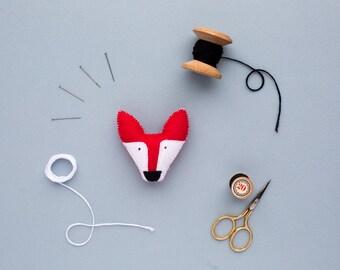 fox felt brooch - handmade woodland creature jewellery - fox gift