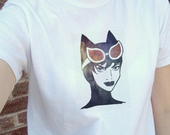 Cute Catwoman comic book super hero illustration, white tee, T-shirt, tshirt, gift | mens womens unisex sizes