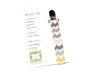 Soothie Pacifier Clip Boy or Girl - Grey and Yellow Chevron - Gumdrop Nuk Mam Avent