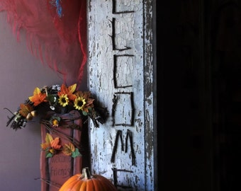 Antique Welcome Sign. Wood & Twig Handmade Rustic Distressed Welcome Sign. Holiday Entry Welcome Sign