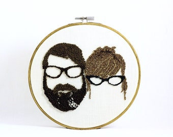 Custom Couple Silhouette Embroidery Hoop Art. Custom Couple Portrait. Cotton Anniversary gift for Him and Her. Father's Day Gift.
