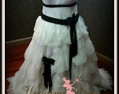 Beautiful Plus Size Black and White Wedding Dress Plus Sized Bridal Gown