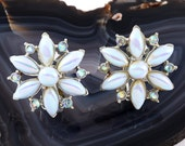 VINTAGE SNOWFLAKE EARRINGS Retro Iridescent Blue Purple Lilac Estate Jewelry Clip On Flower