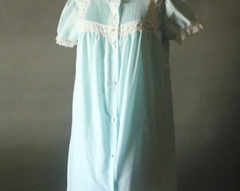 Vintage 70's Pastel Baby Blue Nightie and Peignoir Slip Set by Sears, size 32/34