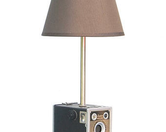 Vintage Ansco Shur Shot Table Lamp