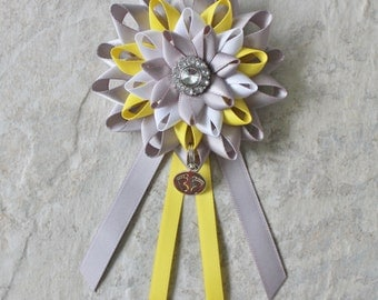 Baby Shower Decorations, Yellow, Gray, White, Mommy to Be Corsage, Neutral Baby Shower, Boy or Girl Baby Shower Corsage, New Mom Gift