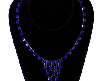Vintage 1930s Art Deco Cobalt Blue Glass Necklace