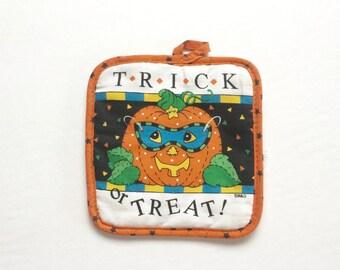 1980s Spooky Kitsch Halloween Pot Holder / Vintage Kitchen / Halloween Decor / Cute / Hipster / Geek Chic