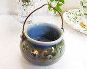 Pot of Gold Shamrock Cauldron, Wade Porcelain of Ireland