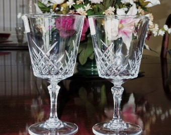 "2 CRIS D'ARQUES Goblets Wine Criss Cross Cut Multi Sided Clear Stems Glasses Crystal 6 1/4"" Pattern Cra8 France Excellent Condition"