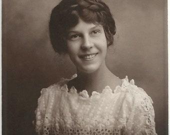 Old Photo Portrait Teen Girl wearing Lace Eyelet Dress 1910s Photograph Snapshot vintage