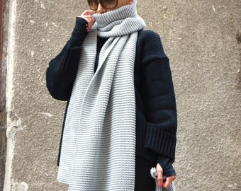 NEW Light Grey  Warm Extra Long Shawl / All Knit Warm Extravagant Scarf by AAKASHA A13364