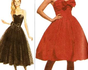 Simplicity 8482 Misses' Retro 1980s Strapless Sweetheart Neckline Evening Dress Sewing Pattern Sz 14