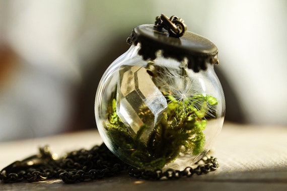 Crystal terrarium necklace, miniature terrarium jewelry, dandelion seed pendant , clear quartz crystal, real moss, dandelion wish pendant