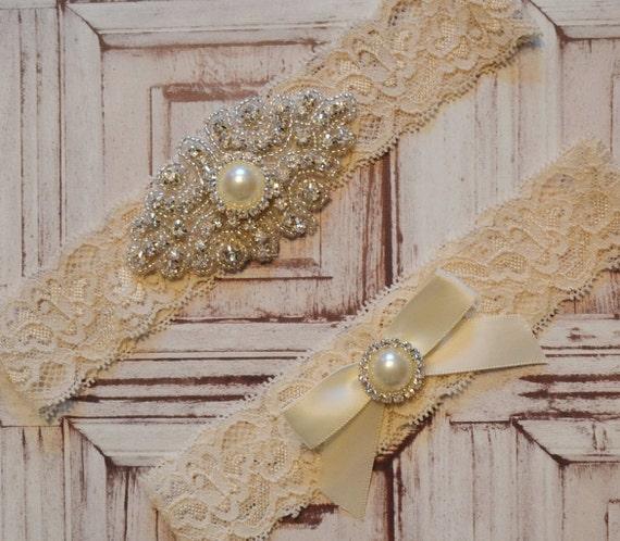 Unique Wedding Garter: Wedding Garter Wedding Garter Belt Elegant Ivory Pearl