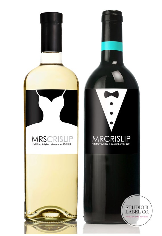 Wedding Gift Wine Labels - Mr and Mrs Gift - Unique Wedding Gifts for Couple - Bridal Shower Gift - Champagne Labels - Set of 2