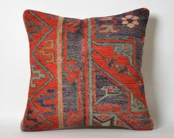 Soumak Kilim Red Kilim Throw Pillowcase - Handwoven Vintage Decorative Tribal Embroidered Organic Kilim Cushion Cover Shabby Chic Home Decor
