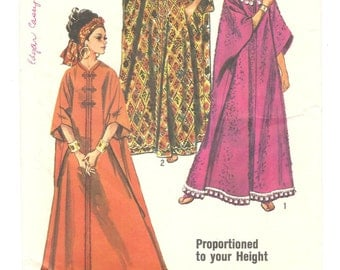 1960's Caftan ~ Vintage Sewing Pattern ~ Boho Hippie Caftan ~ Loose fitting Lounge Robe ~ One Size Proportioned to your Height