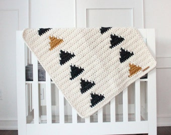 Chunky Knit Triangle Blanket ~ Black & Mustard