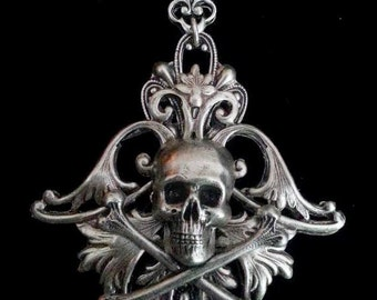 Fleur de Lis Skull Pendant - Silver Skull Necklace - Pirate Necklace - Pirate Jewelry - Diva Dawn Santucci - Metal di Muse