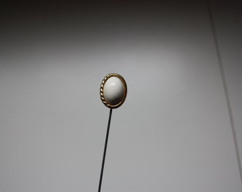 White and Gold Oval Shaped  Hat Stick - Hat Pin