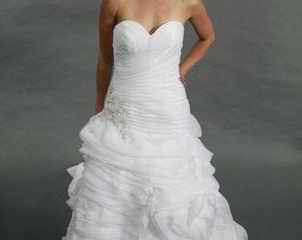 Organza sweetheart rose ruffle mermaid court train wedding dress