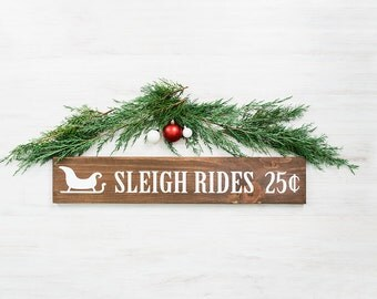 Christmas Decoration - Sleigh Rides Sign- Mantel Decorations for Christmas- Rustic Christmas Decoration- Farmhouse Christmas Decor