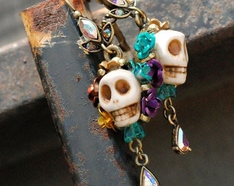 Colorful Sugar Skull Earrings, Dia de los Muertos Earrings, Day of the Dead Earrings, Kitsch Jewelry, Skull Jewelry, Mexican Jewelry E241