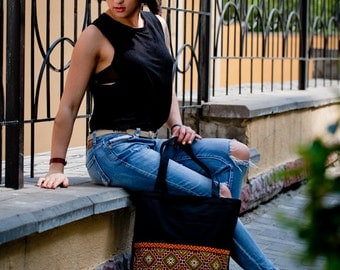 Zippered canvas tote bag / Black tote bag with zip / Eco canvas tote / Black canvas shoulder bag with Ukrainian embroidery / Ukrainian gift.