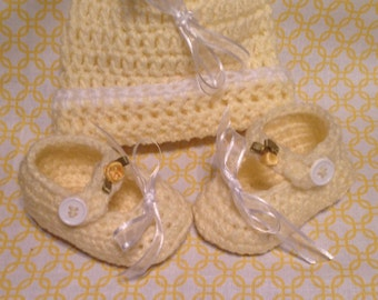 Yellow Baby Hat and Booties