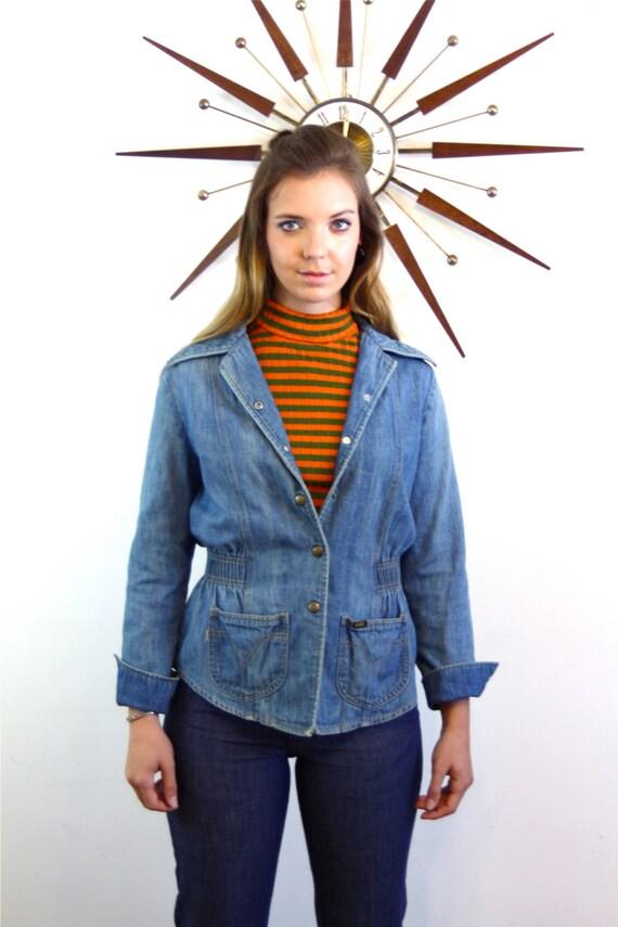 Womens Lee jacket, Lee Jean Jacket, 1970s jean jacket, Fitted jean jacket, Ladies denim jacket, Faded Denim Blazer, Hippie 70s jacket, disco