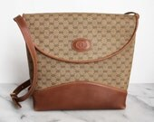 GUCCI Authentic Monogram Vinyl Tan Brown Leather Purse GG Logo Small Shoulder Bag Made in Italy