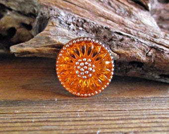 18mm Orange Daisy Button Czech Glass BC-105,orange glass button,orange flower button,orange daisy button,sunflower button,tangerine button