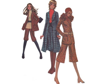 McCalls 2633 M2633 Vintage 1970s Sewing Pattern Women's Knickers and Gauchos with Jacket or Coat Size 10 Bust 32 1/2 Misses Coordinates