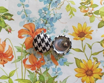 Fabric Covered Button Earrings / Wholesale Jewelry / Houndstooth Print / Black and White / Stud Earrings / Gifts for Her